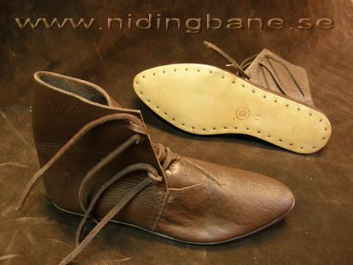 översättare fusion Insiktsfull medeltida skor dam