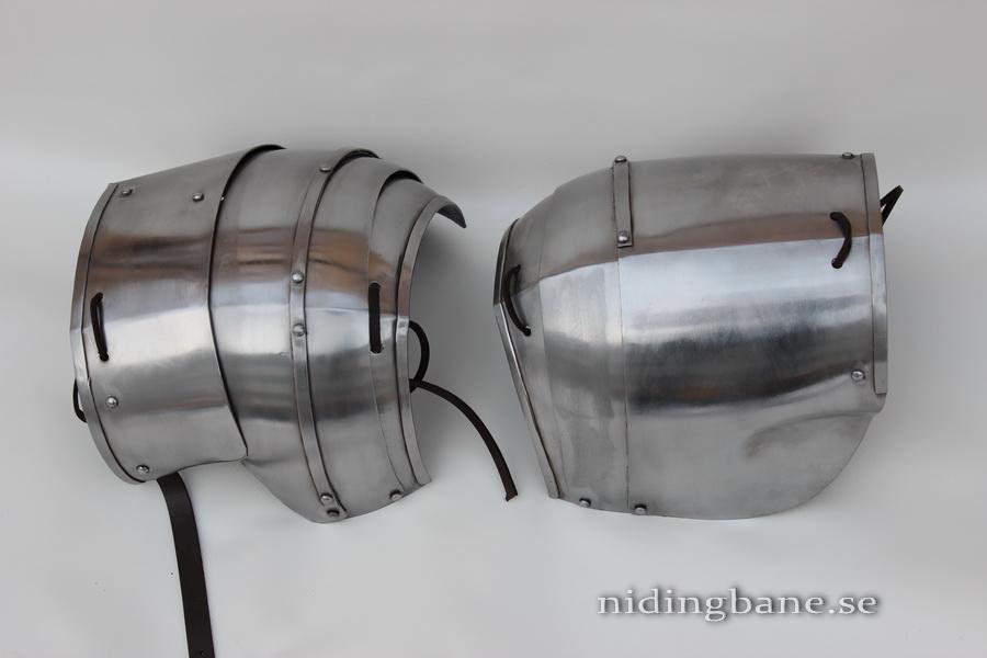milanesepauldrons1440b